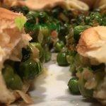 Torta salata piselli e stracchino - Ricetta Vegetariana