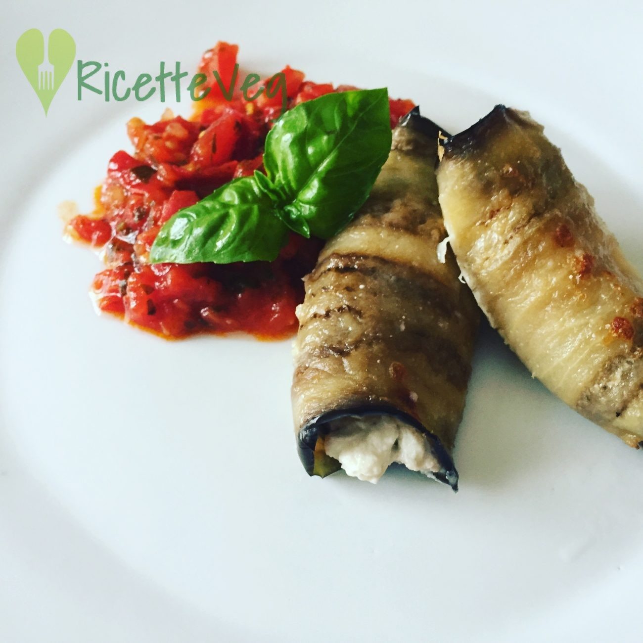 Involtini di melanzane e ricotta – Ricetta vegetariana